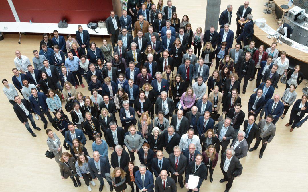 Erfolg für TELnet@NRW: Sektorenübergreifendes telemedizinisches Netzwerk erreicht deutliche Steigerung der Behandlungsqualität für Intensivmedizin und Infektiologie