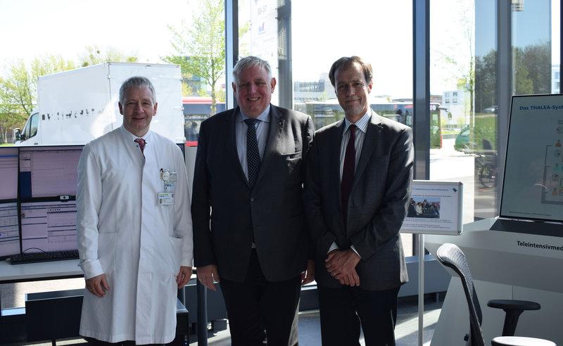 Minister Karl-Josef Laumann zu Gast im Telemedizinzentrum der Uniklinik RWTH Aachen