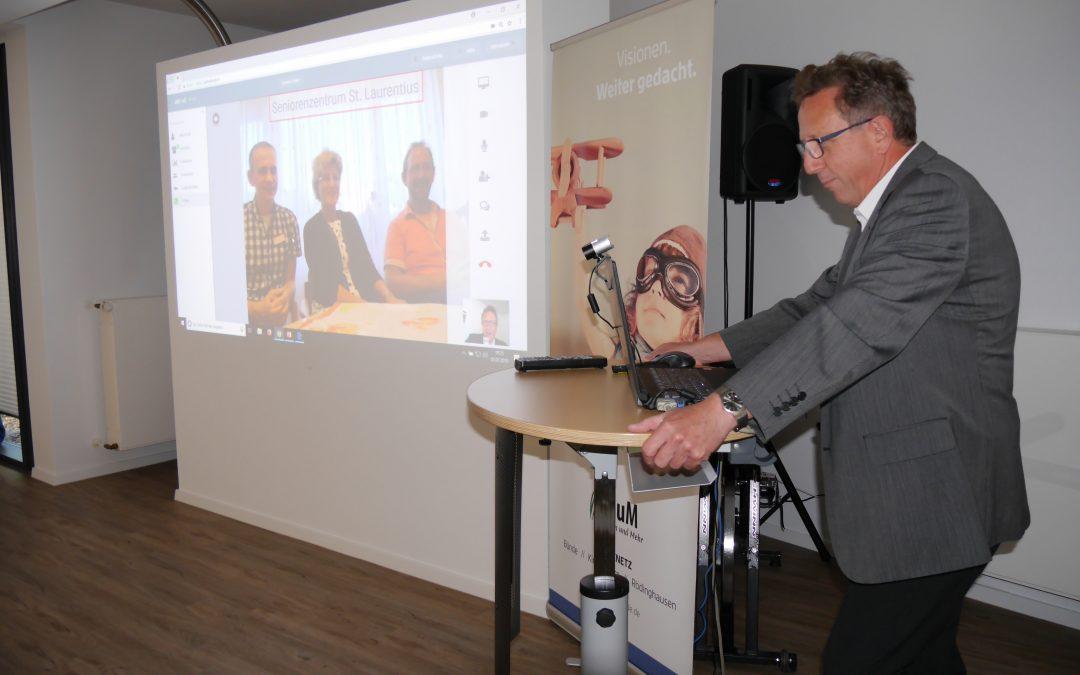 NRW-Gesundheitsminister Laumann befürwortet die elektronische Visite in der Pflegepraxis